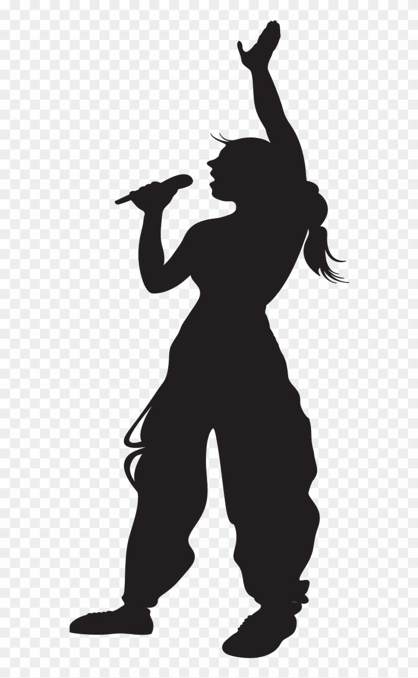Karina Kampe Undervisning Musik Person Singing