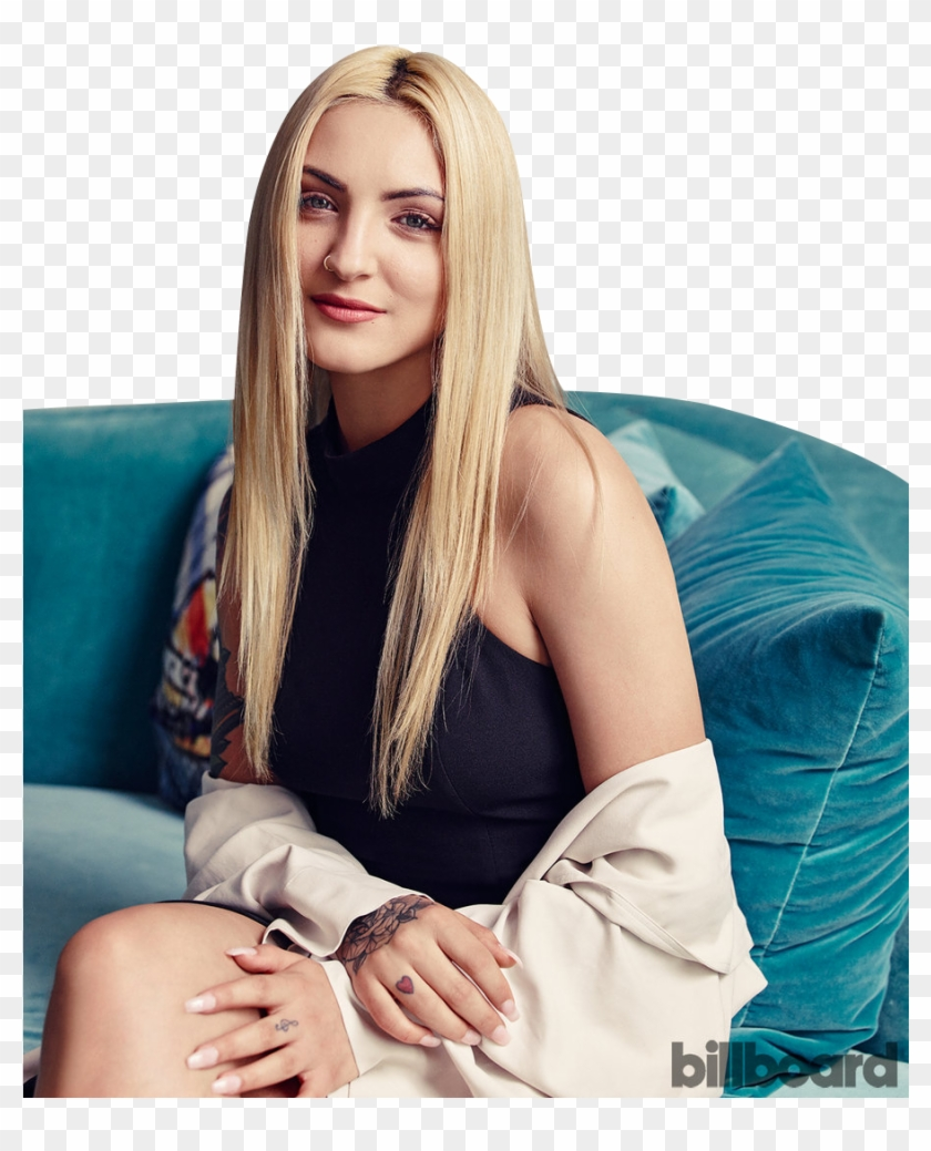 Julia Michaels, HD Png Download - 900x1200(#6226036) - PngFind